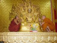 Asisbiz Zalun Pagoda main Buddha Jan 2001 06