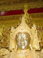 Asisbiz Zalun Pagoda main Buddha Jan 2001 09
