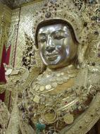 Asisbiz Zalun Pagoda main Buddha Jan 2001 12