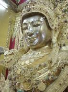 Asisbiz Zalun Pagoda main Buddha Jan 2001 14