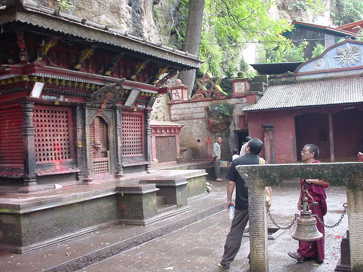 Kathmandu Valley Natural Springs Monastry Sep 2000 05