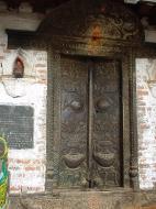 Asisbiz Kathmandu Valley Natural Springs Monastry Sep 2000 01
