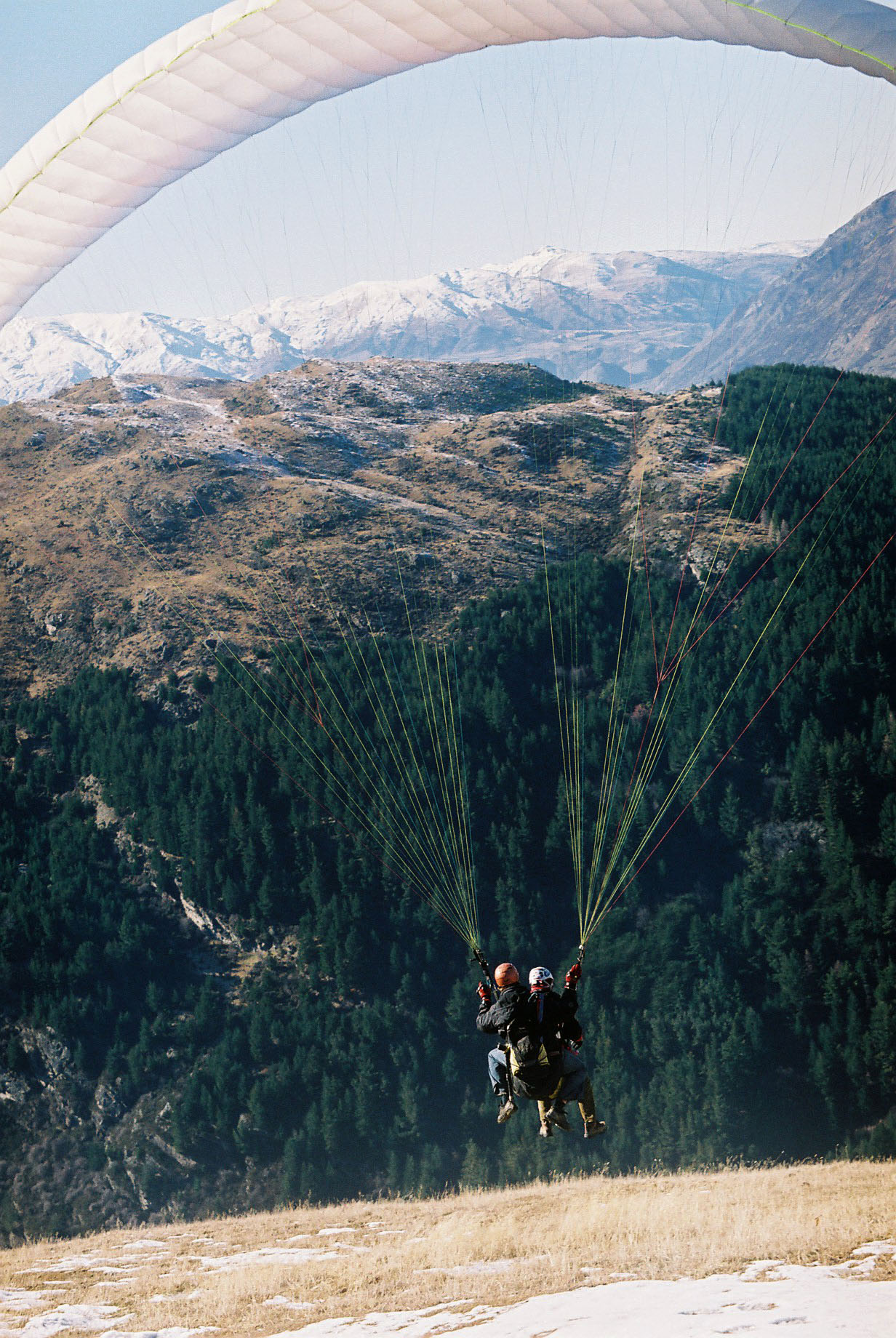 Paragliding South Island New Zealand 02