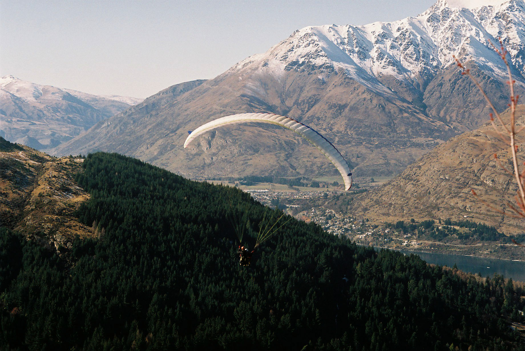 Paragliding South Island New Zealand 04