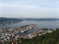 Asisbiz Overlooking Bryggen Tyskebryggen Bergen Norway 01