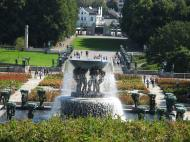 Asisbiz Vigeland Sculpture Park The Fountain Oslo Norway 01