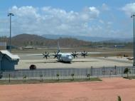 Asisbiz PNG Jacksons International Airport RAAF 66 Hercules Sep 2002 01