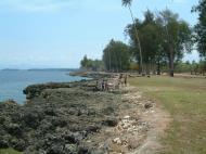 Asisbiz PNG Madang Street scenes Sep 2002 06