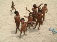 Asisbiz PNG Port Morseby Ela Beach Area Sep 2002 06