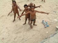 Asisbiz PNG Port Morseby Ela Beach Area Sep 2002 09