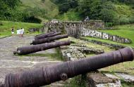 Asisbiz Portobelo Fort Colon Province Panama canons Jun 2004 01