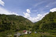Asisbiz Benguet Nueva Vizcaya Rd mountain views of Bokod Benguet province Philippines Aug 2011 03