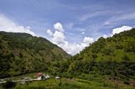 Asisbiz Benguet Nueva Vizcaya Rd mountain views of Bokod Benguet province Philippines Aug 2011 04