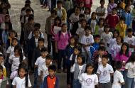 Asisbiz School Children of Paaralang Sentral Ng Banaue Ifugao Province Philippines Aug 2011 03