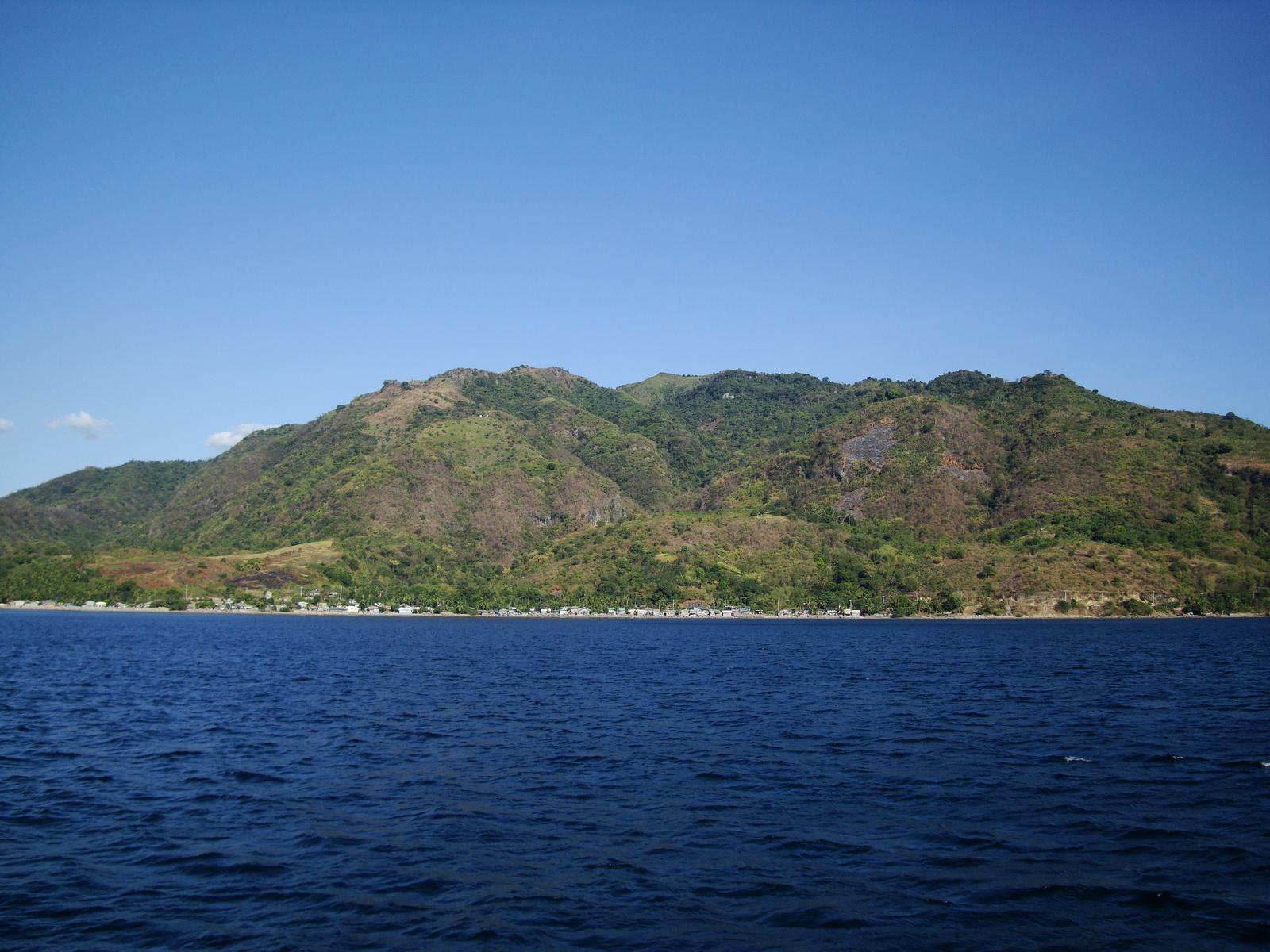 Calumpan Peninsula viewed from a banca Anilao Batangas 09