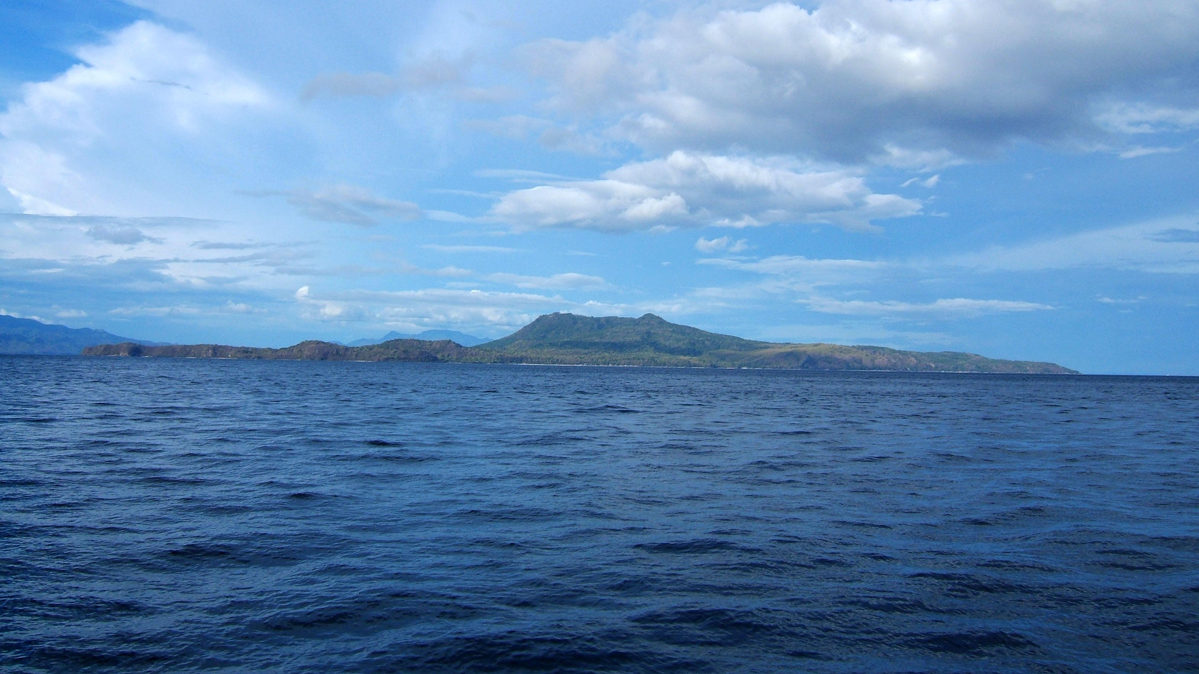 Maricahan Island Sepoc Point Batangas Philippines 02
