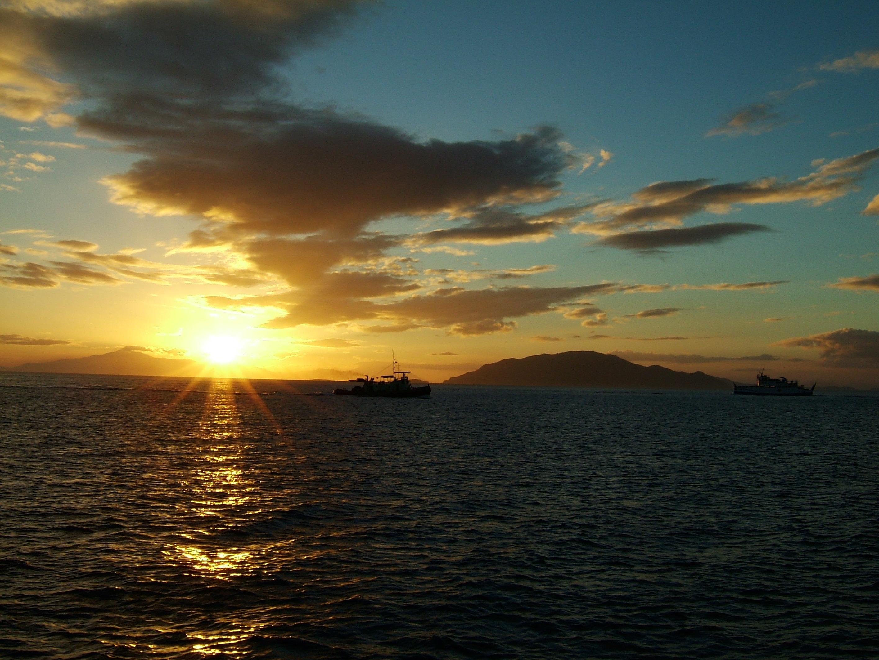 The banca passage Batangas to Tabinay via Verde Island passage 01