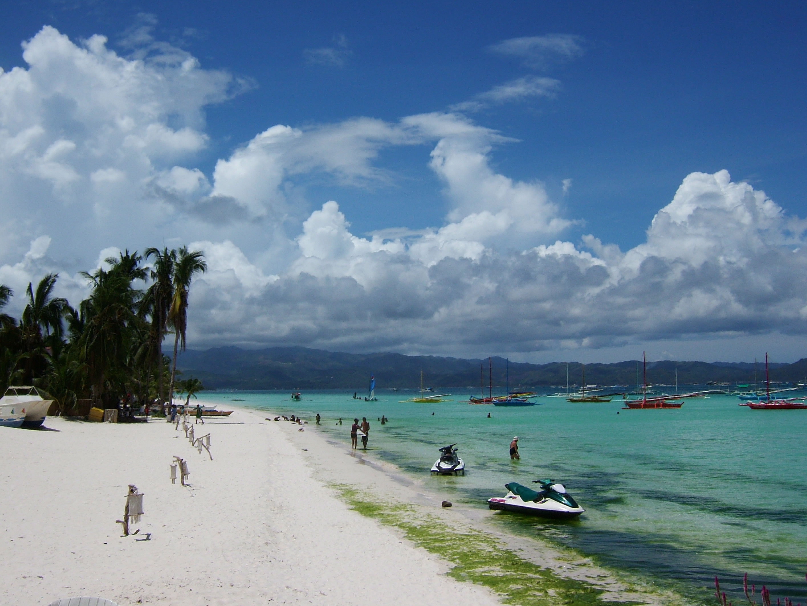 Green algae pollution Philippines Sugar Islands Boracay Punta bunga beach Resorts 2007 04