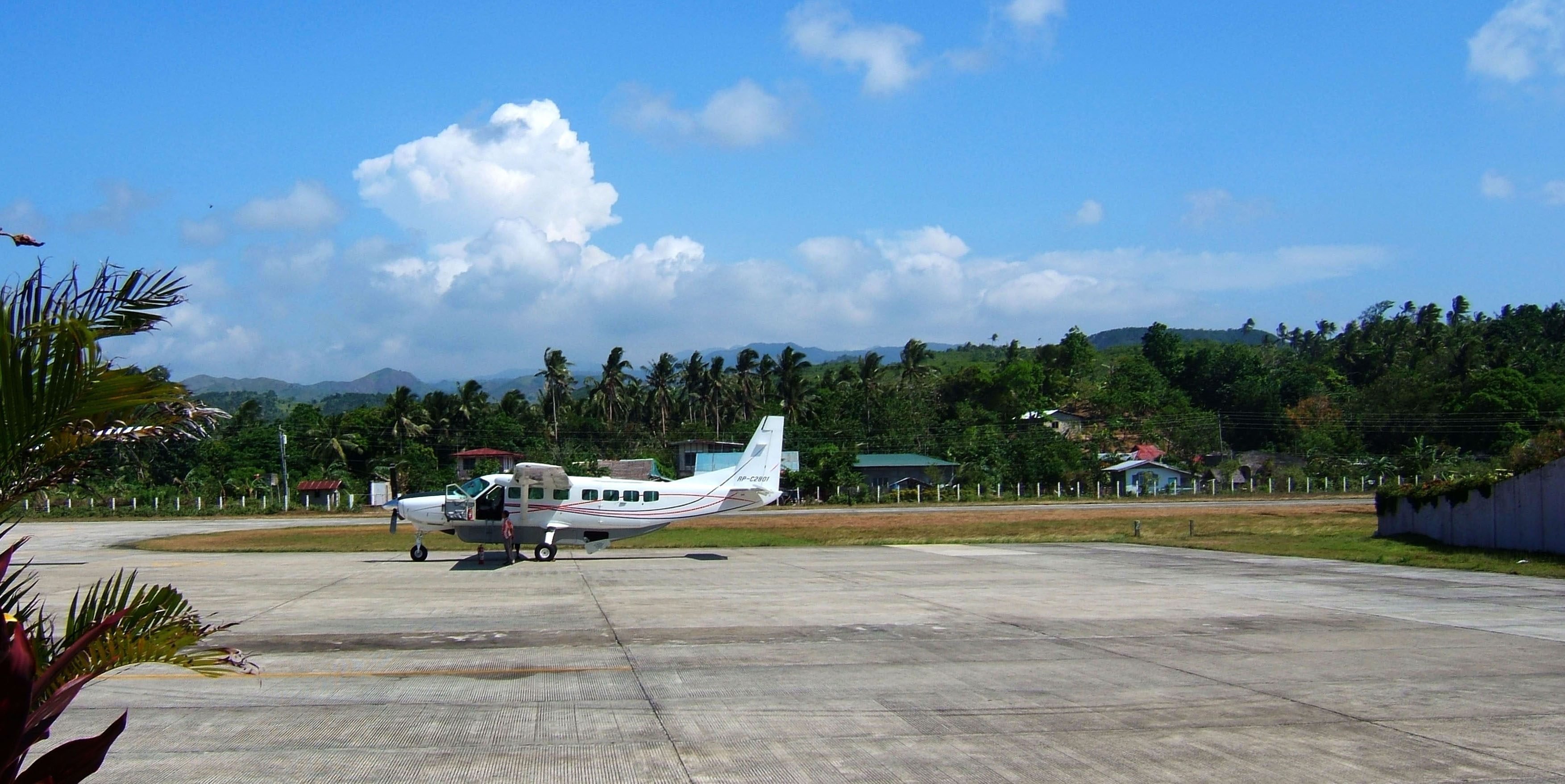 Philippines Airports Panay Negros Caticlan Airport Apr 2006 01