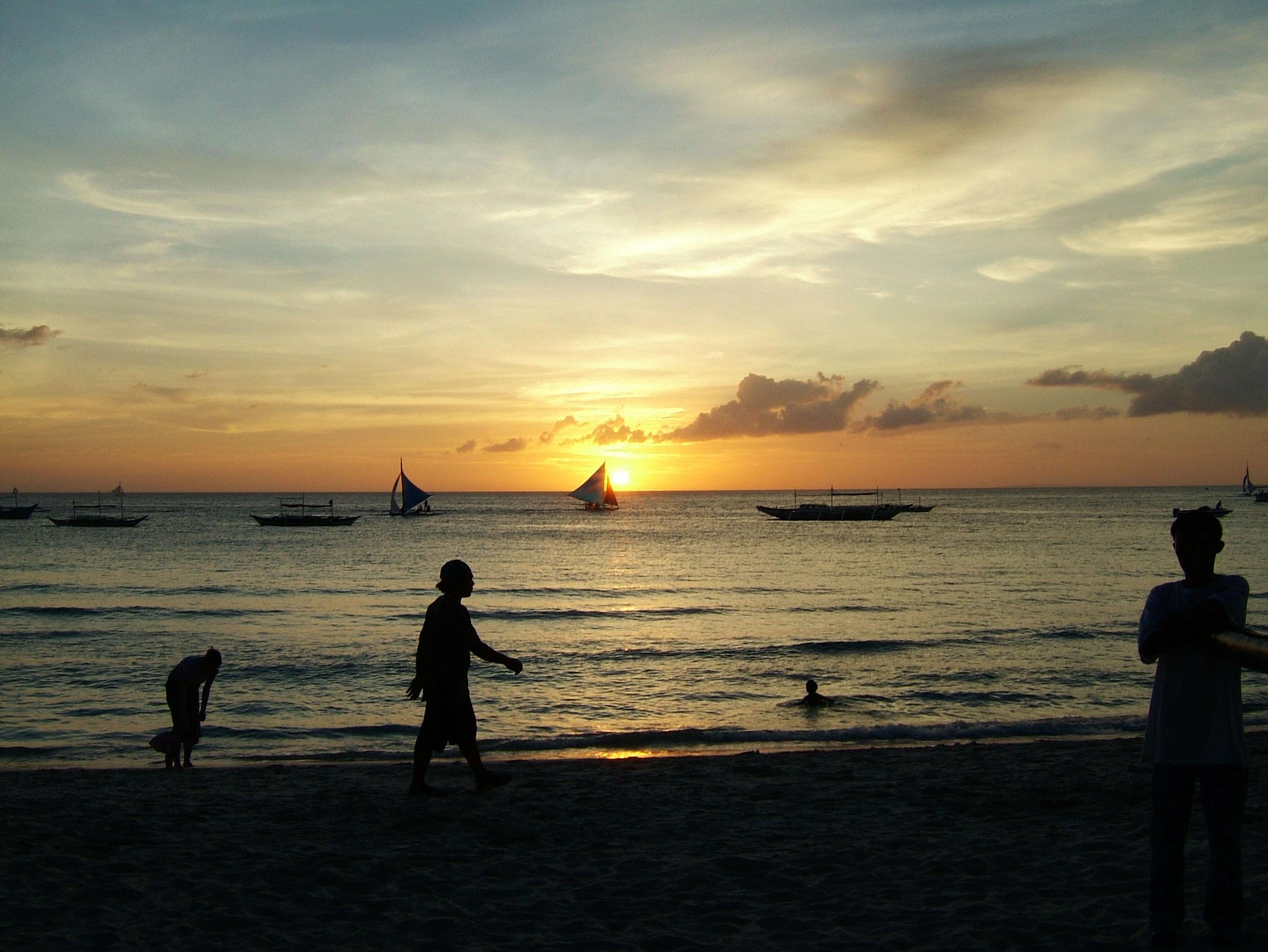 Philippines Panay Negros Caticlan Boracay White Beach Sunset Dec 2003 01