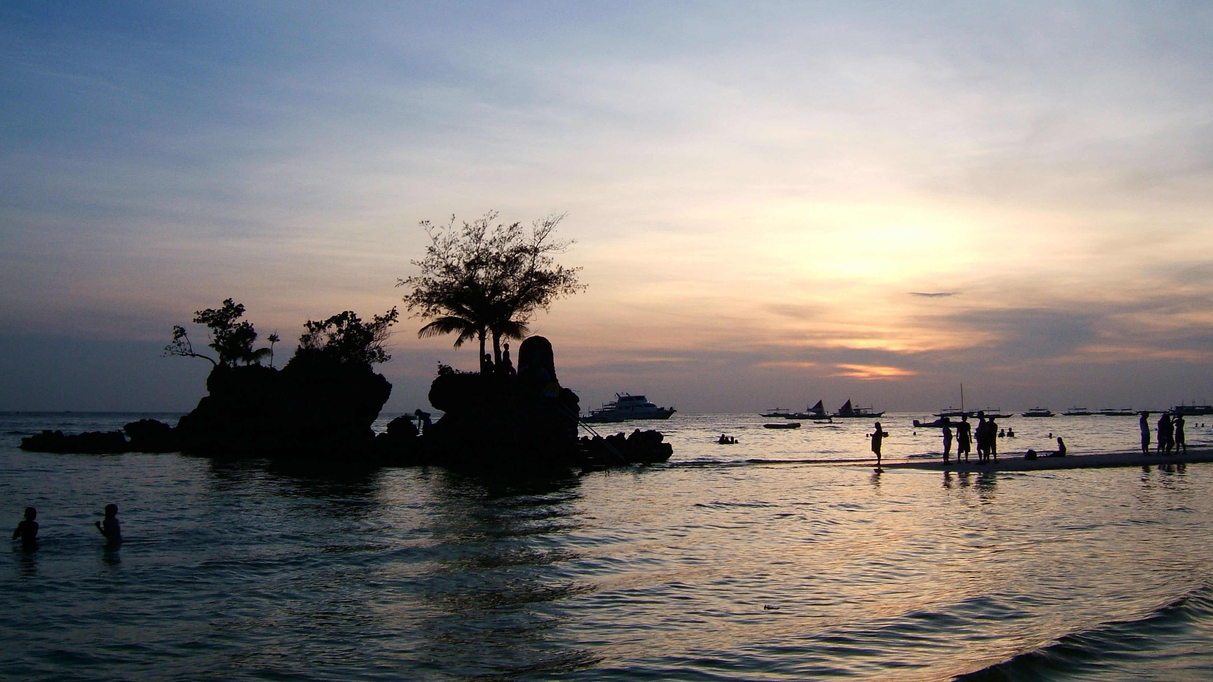 Philippines Panay Negros Caticlan Boracay White Beach Sunset Dec 2003 11