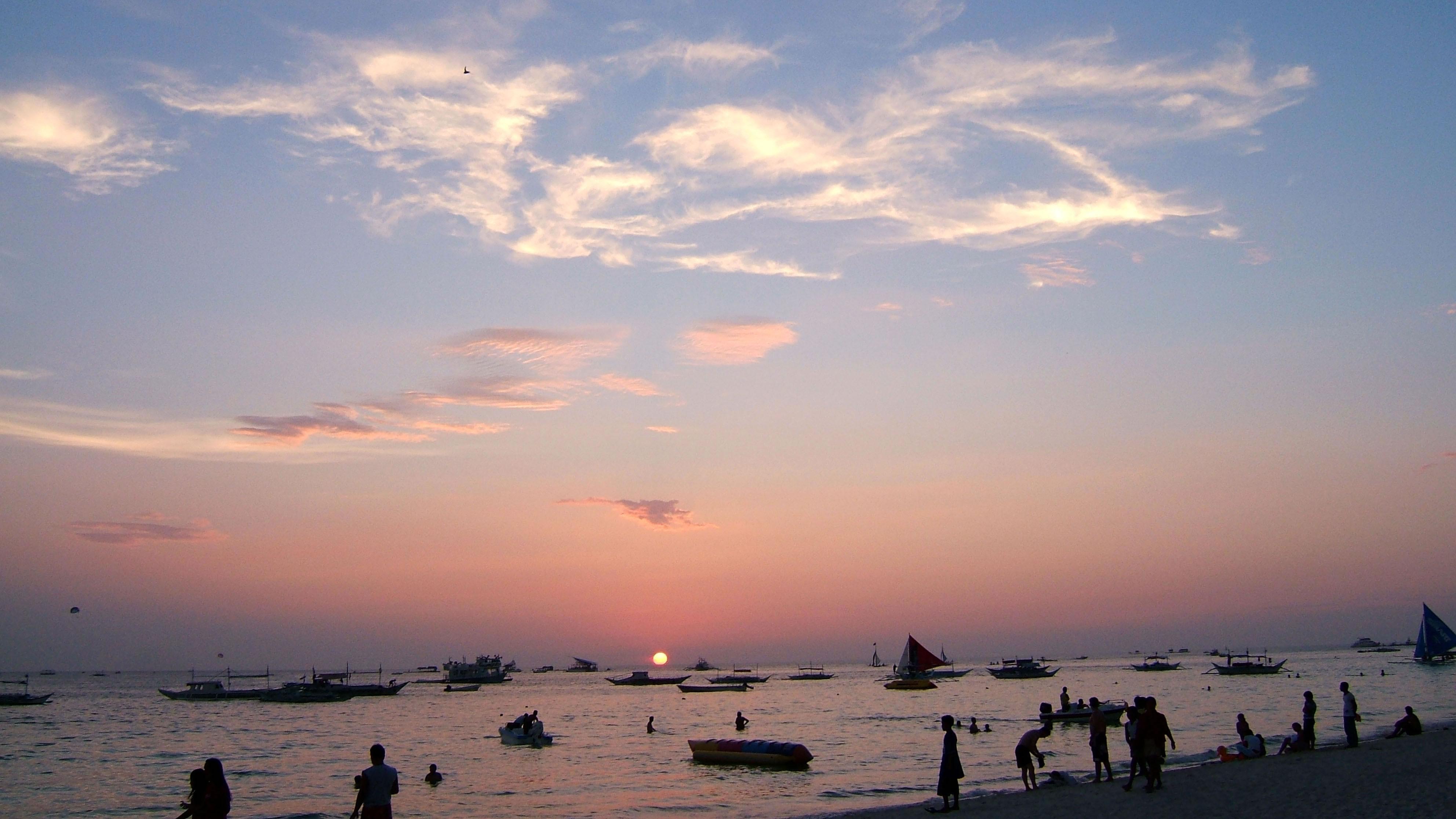 Philippines Panay Negros Caticlan Boracay White Beach Sunset Dec 2003 13
