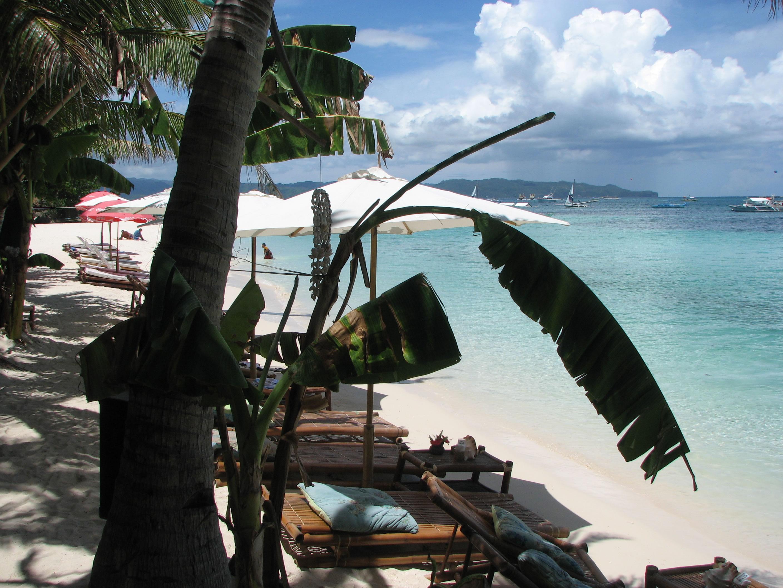 Philippines Sugar Islands Boracay Punta bunga beach Resorts May 2007 17