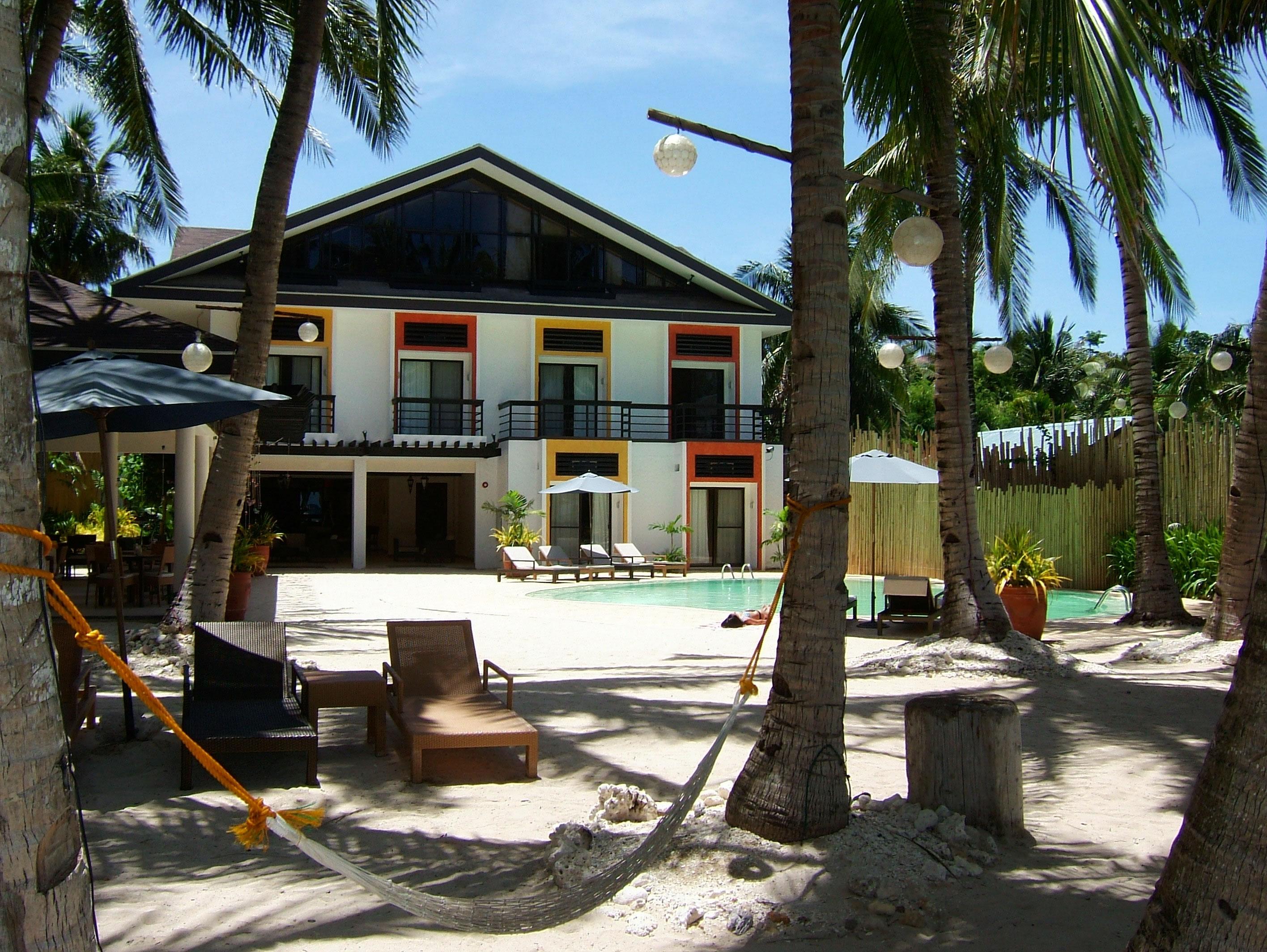 Philippines Sugar Islands Caticlan Boracay Punta bunga beach Resorts Microtel May 2007 01