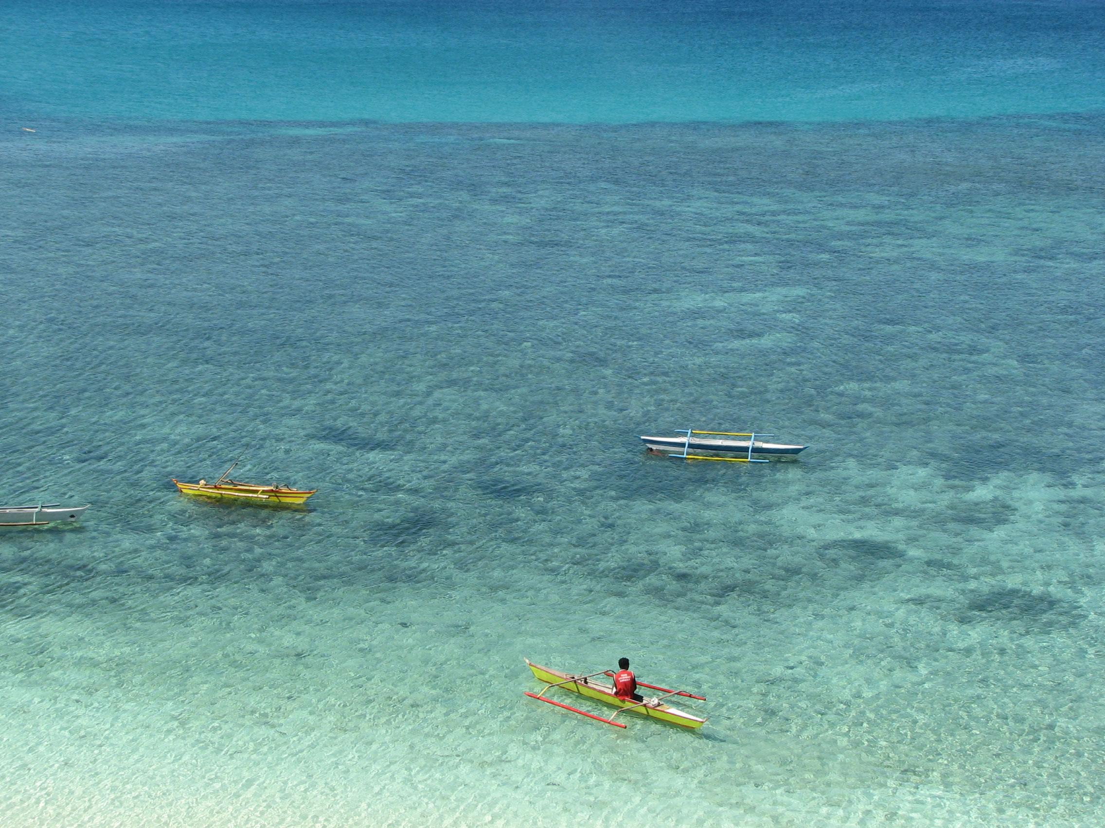 Philippines Sugar Islands Caticlan Boracay Resorts Fairways Ilig iligan beach May 2007 04