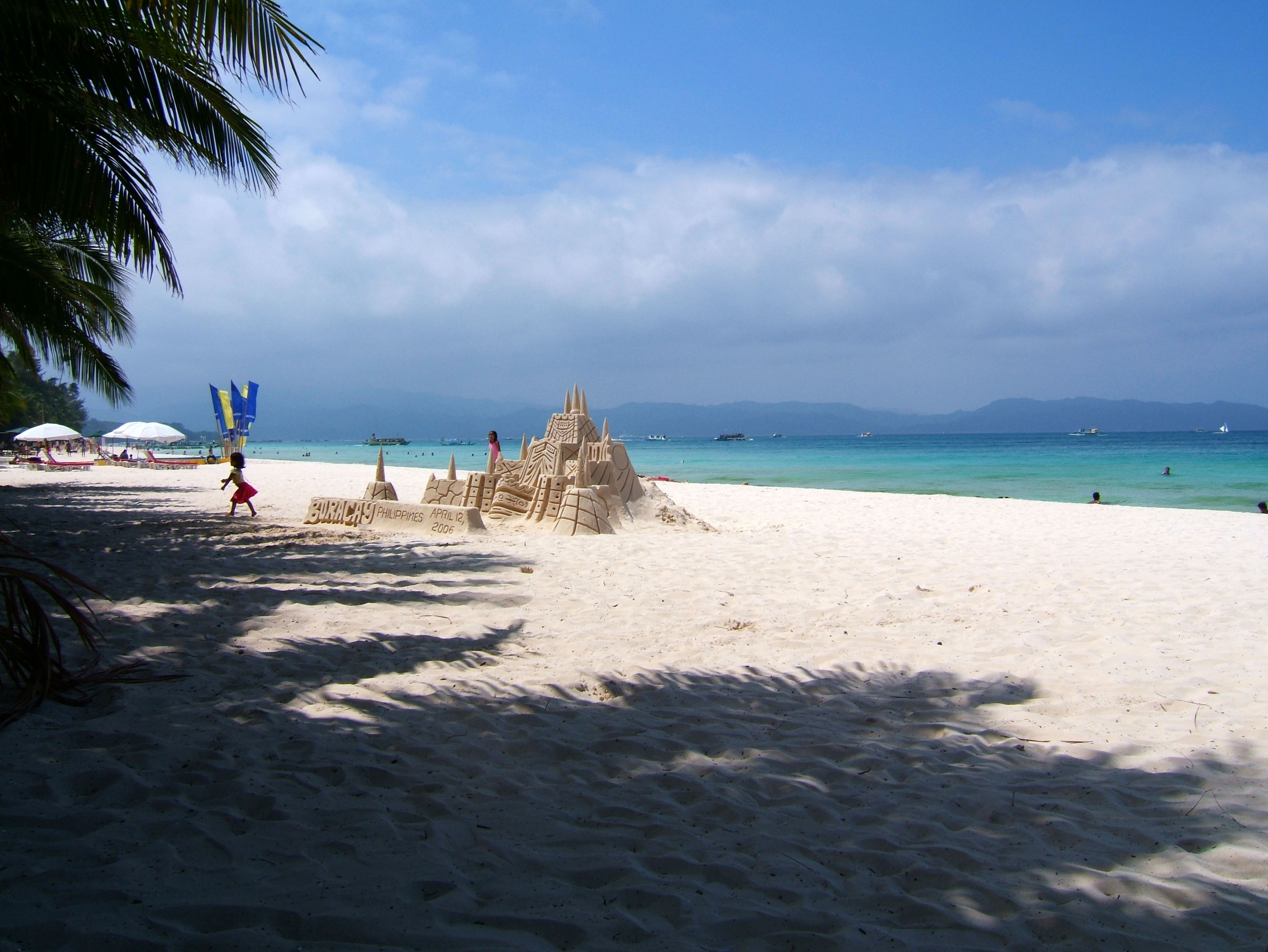 Philippines Sugar Islands Caticlan Boracay White Beach Sand Castles 2006 01