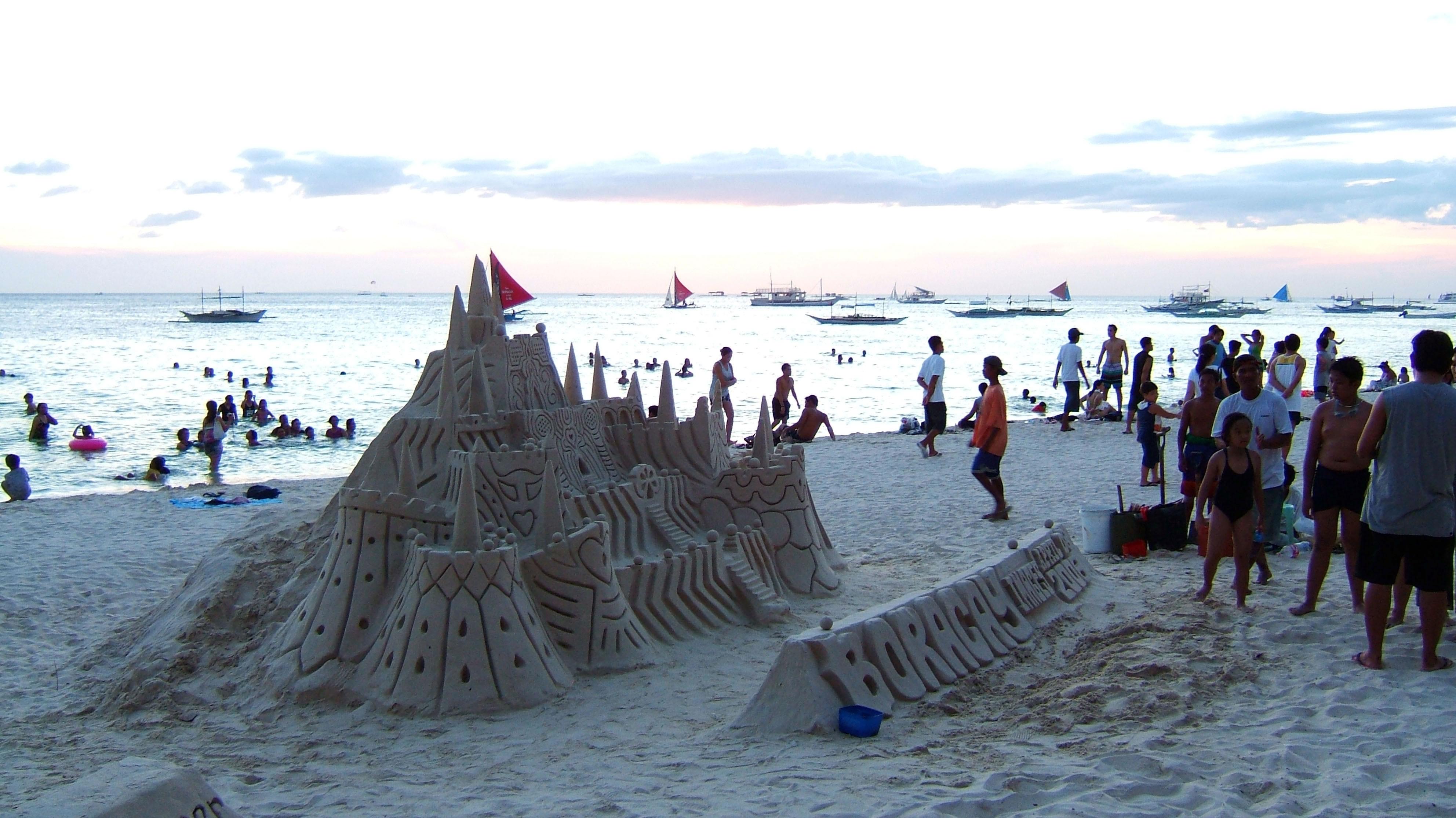 Philippines Sugar Islands Caticlan Boracay White Beach Sand Castles 2006 03