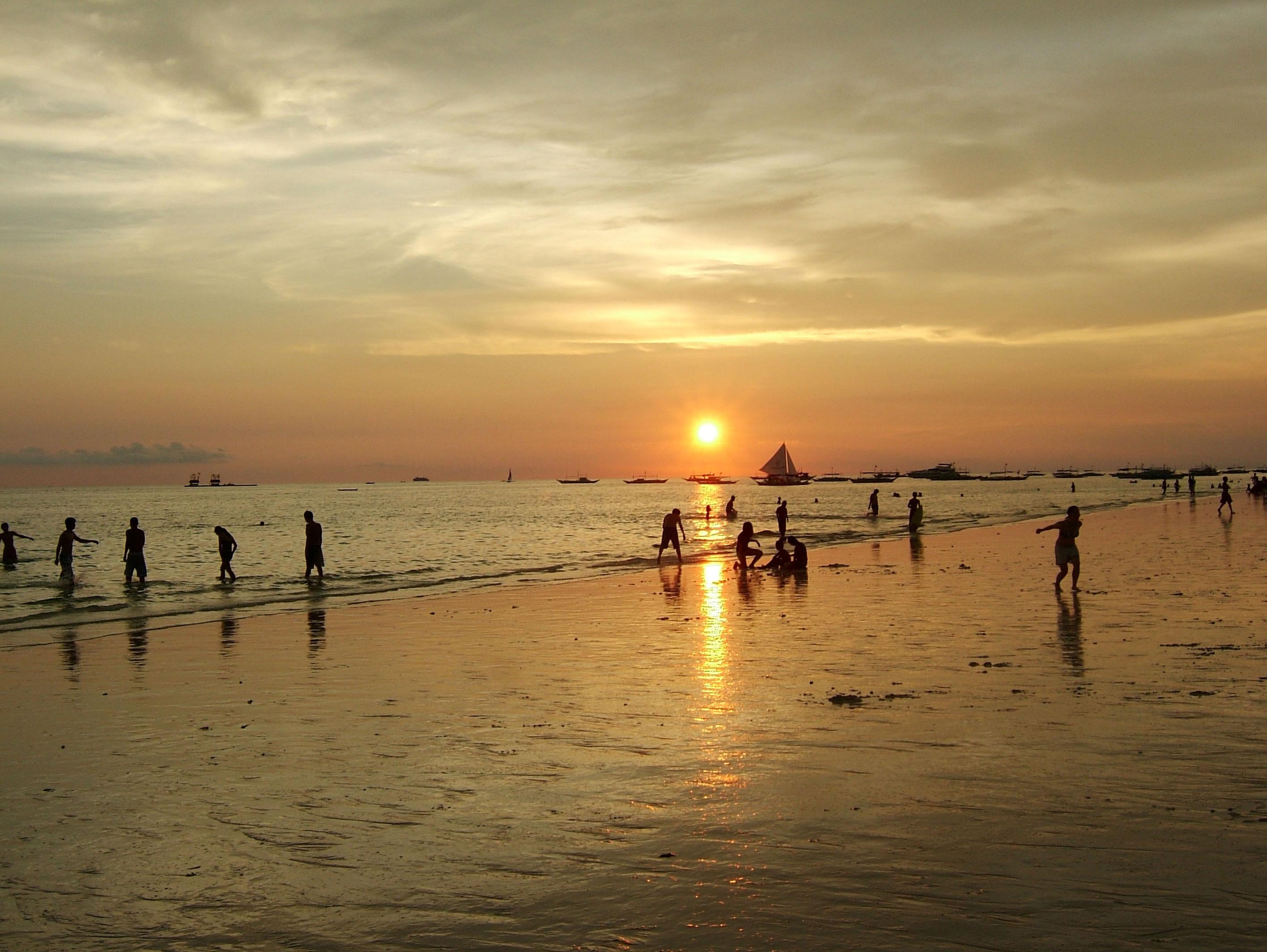 Philippines Sugar Islands Caticlan Boracay White Beach Sunset 2007 18