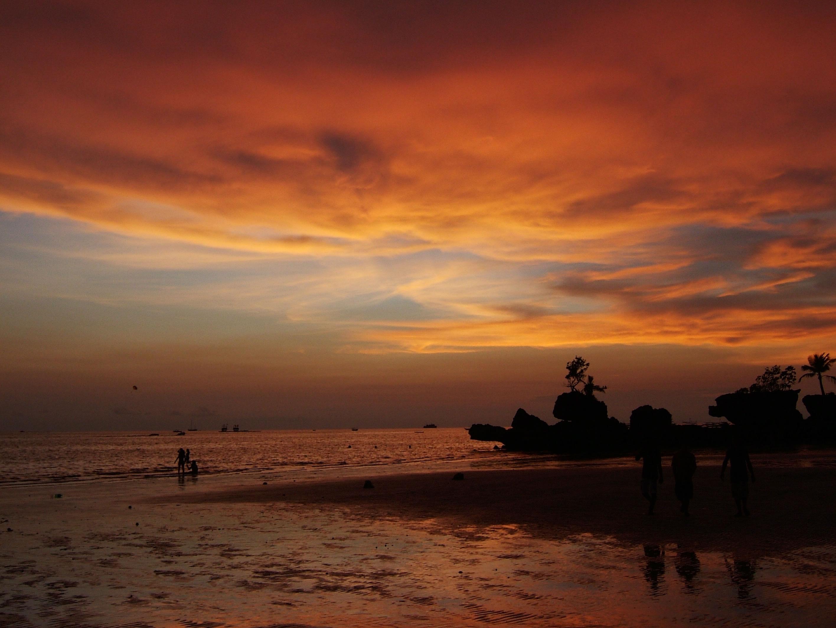 Philippines Sugar Islands Caticlan Boracay White Beach Sunset 2007 48
