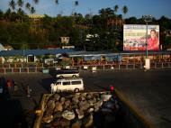 Asisbiz Political ad by Gov. Arnan C. Panaligan Calapan Port Oriental Mindoro Philippines 2009 01