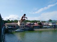 Asisbiz Kids diving of Naujan Estrella bridge Oriental Mindoro Philippines Feb 2006 03