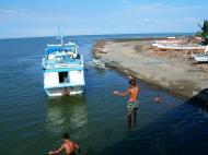 Asisbiz Kids diving of Naujan Estrella bridge Oriental Mindoro Philippines Feb 2006 10
