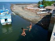 Asisbiz Kids diving of Naujan Estrella bridge Oriental Mindoro Philippines Feb 2006 22