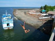 Asisbiz Kids diving of Naujan Estrella bridge Oriental Mindoro Philippines Feb 2006 34