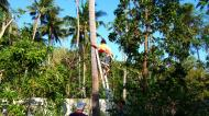 Asisbiz Attaching the guide rope and removing the top Tabinay Oriental Mindoro Philippines 01