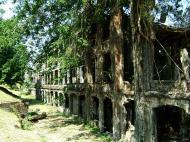 Asisbiz Philippines Corregidor Island Topside Barracks ruins Jan 2005 04
