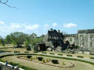 Asisbiz Philippines Corregidor Island barrack and hospital ruins Jan 2005 10