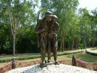 Asisbiz Philippines Manila Corregidor Island bronze statues Jan 2005 02