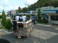 Asisbiz Philippines arriving Palawan Coron Jeepney ride Nov 2004 01