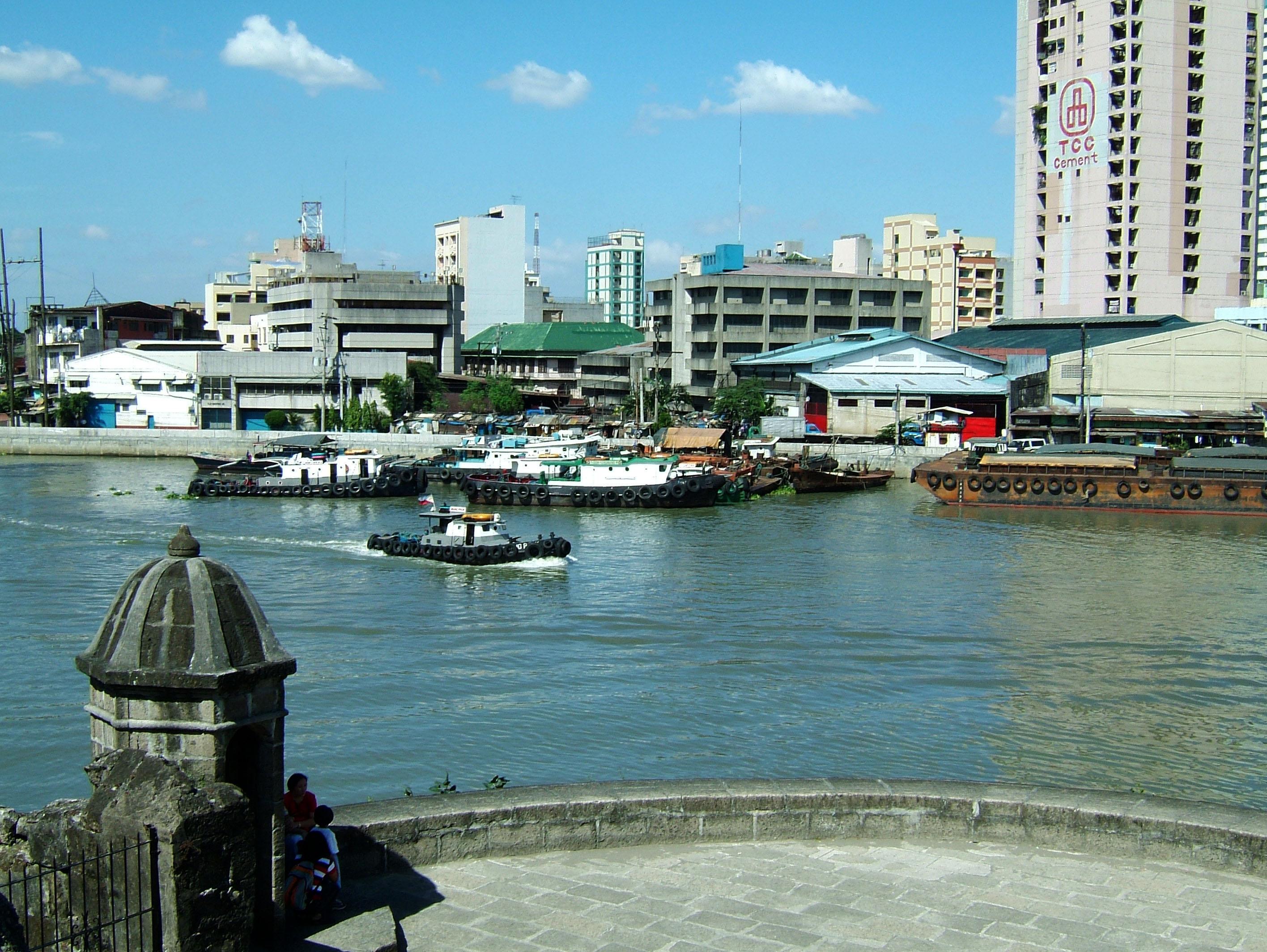 Philippines Luzon Manila Fort Santiago Pasig river Dec 2003 03
