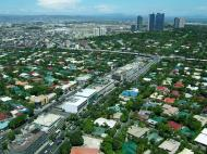 Asisbiz Manila Skyline Makati Senator Gil puyat Ave May 2005 01