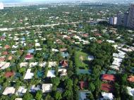 Asisbiz Manila Skyline Makati Urdaneta Village July 2005 01