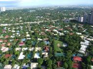 Asisbiz Manila Skyline Makati Urdaneta Village July 2005 03