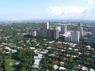 Asisbiz Manila Skyline Makati Urdaneta Village July 2005 09