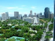 Asisbiz Manila Skyline Paseo de Roxas to Rockwell May 2005 02