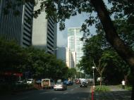 Asisbiz Manila Skyline Paseo de Roxas to Rockwell May 2005 05